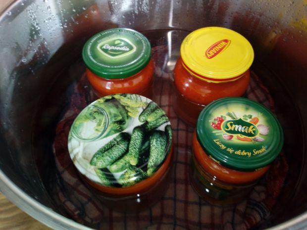 Sos ze świeżych pomidorów do słoików