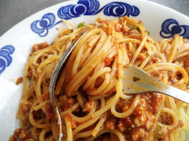 Spaghetti bolognese z mielona łopatką
