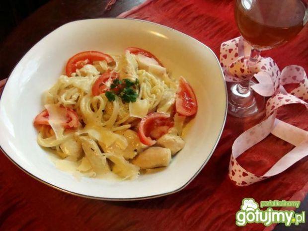 Spaghetti w białym sosie