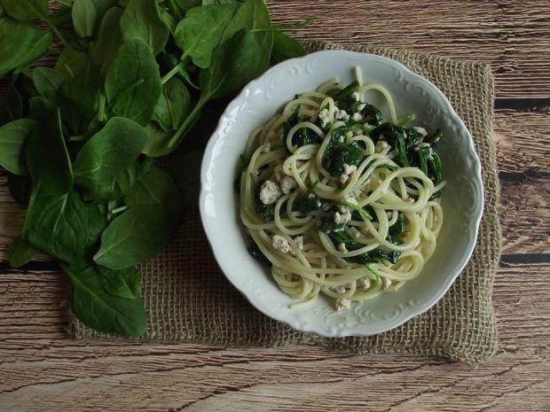 Spaghetti z indykiem i szpinakiem