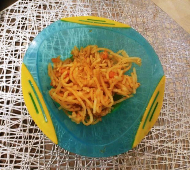 Spaghetti z kurczakiem dla malucha