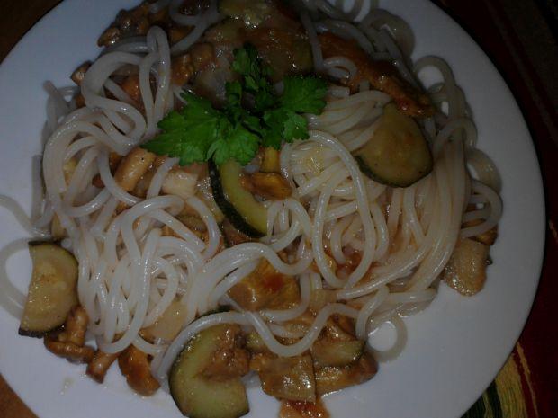 Spaghetti z kurkami i warzywami Zub3r'a