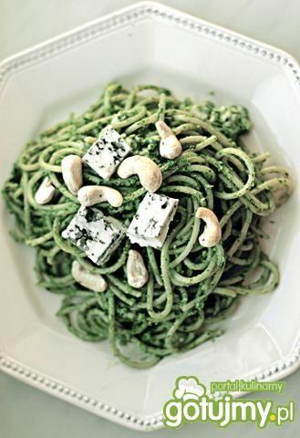 Spaghetti z pesto z rukoli i nerkowców