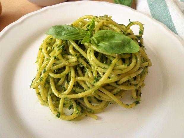 Spaghetti z salsą verde