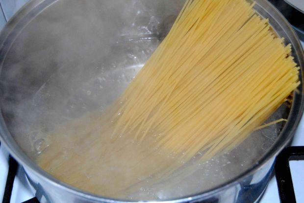 Spaghetti z selerem naciowym