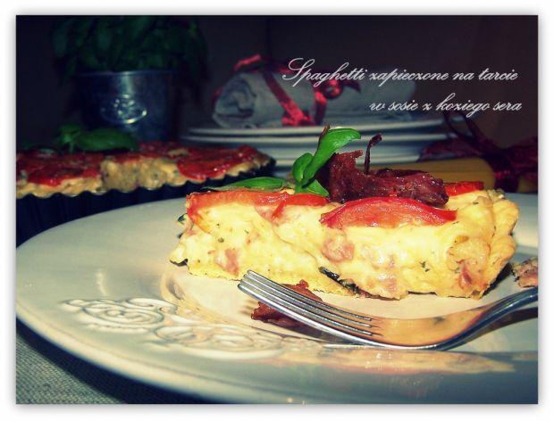Spaghetti zap. na tarcie w  sosie z koziego sera