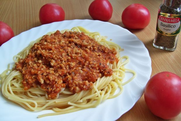 Spaghetti ze świeżych pomidorów