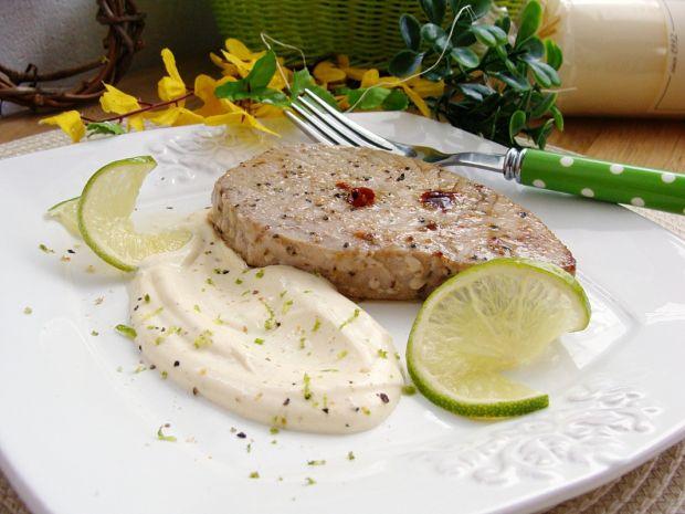 Stek z tuńczyka w limonce