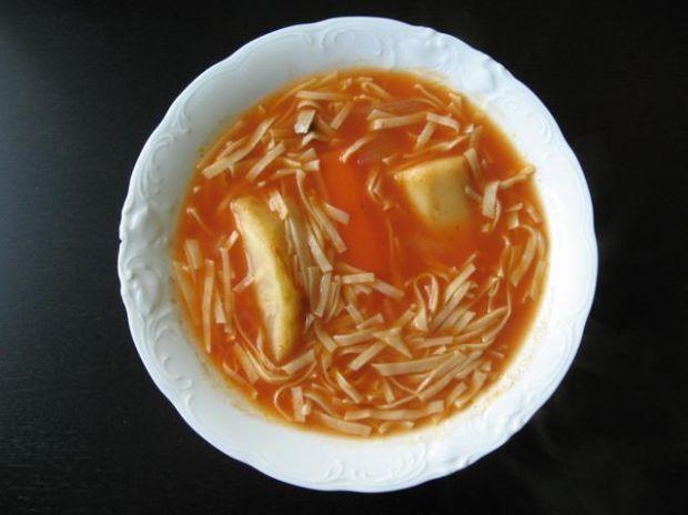 Studencka zupa pomidorowa