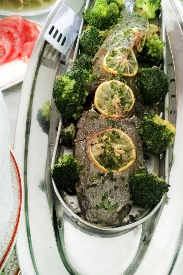 Sum wąsaty brokułowy