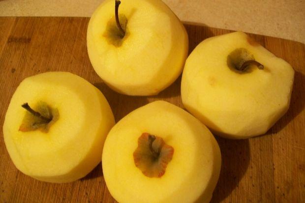 Surówka marchewkowo-jabłkowa z morelami