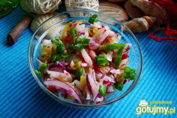 Surówka obiadowa z korniszonów