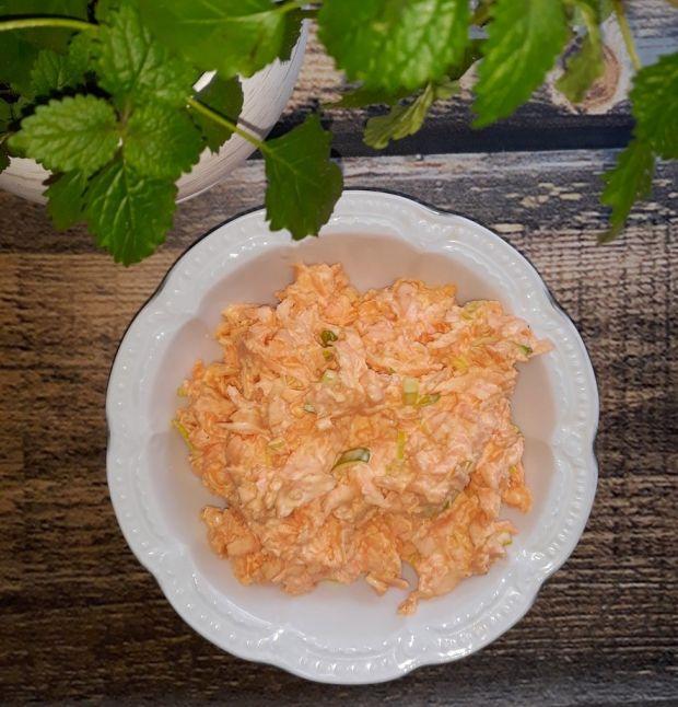 Surówka obiadowa z marchewki (z nutą czosnku)