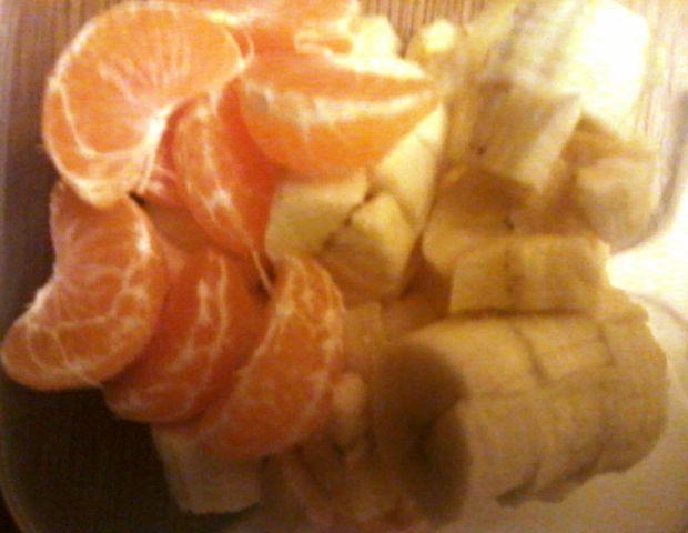 Surówka owocowo-cynamonowa