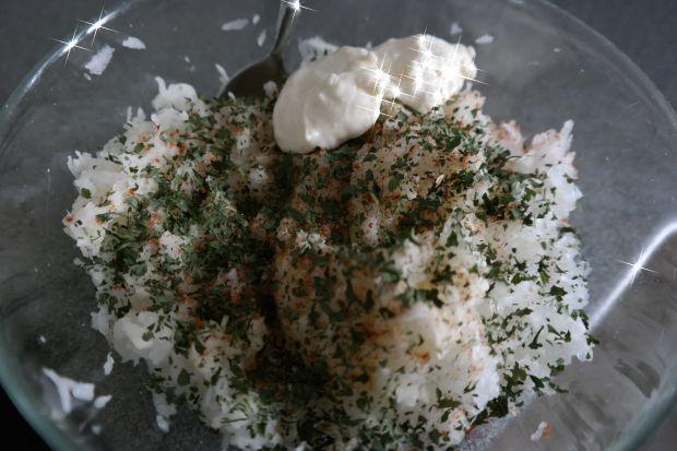 Surówka z białej rzodkwi
