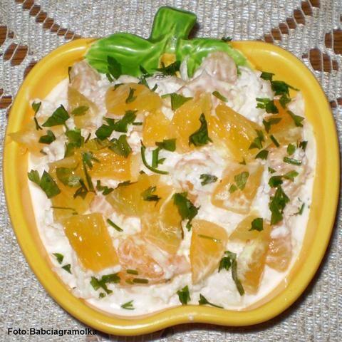 Surówka z białej rzodkwi z mandarynkami