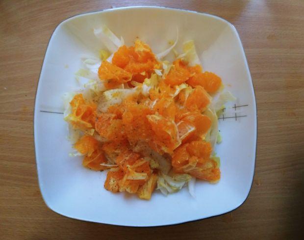 Surówka z cykorii i mandarynek