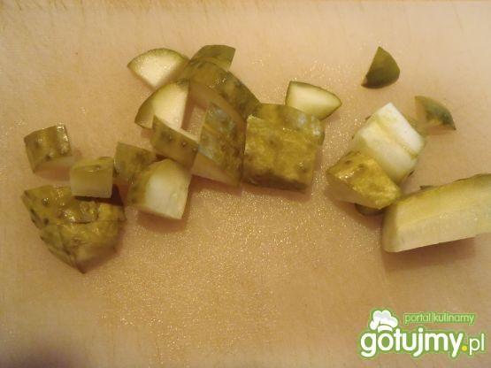 Surówka z kalafiora i ogórków małosolnyc