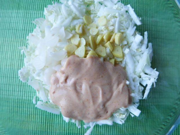 Surówka z kapusty pekińskiej i rzepy
