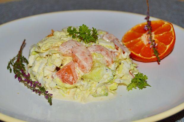 Surówka z kapusty pekińskiej,warzyw i mandarynek