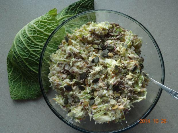 Surówka z kapusty włoskiej i kalafiora