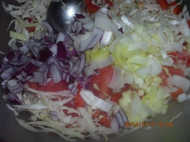 Surówka z kapusty z serem feta