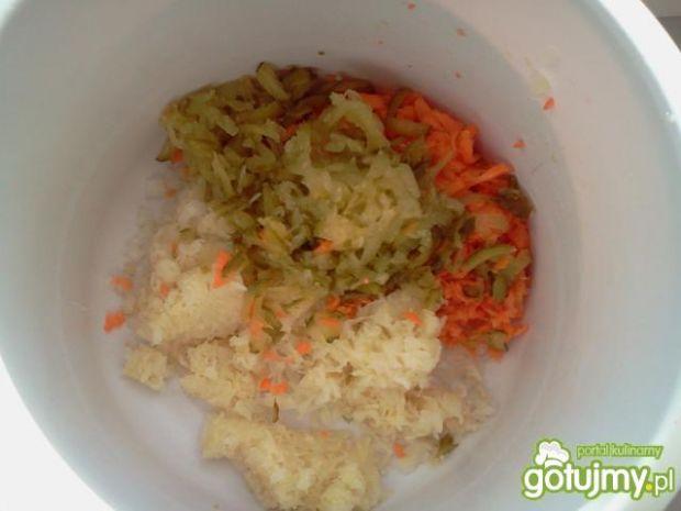 Surówka z kiszonej kapusty z majonezem
