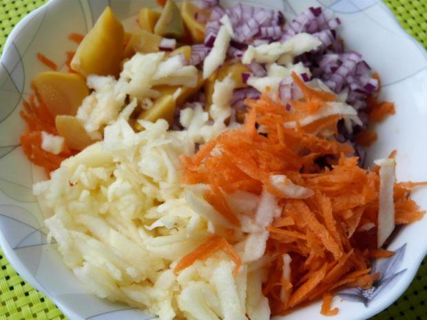 Surówka z marchewki i patisonów
