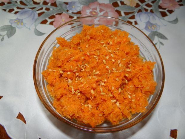 Surówka z marchewki i siemienia lnianego