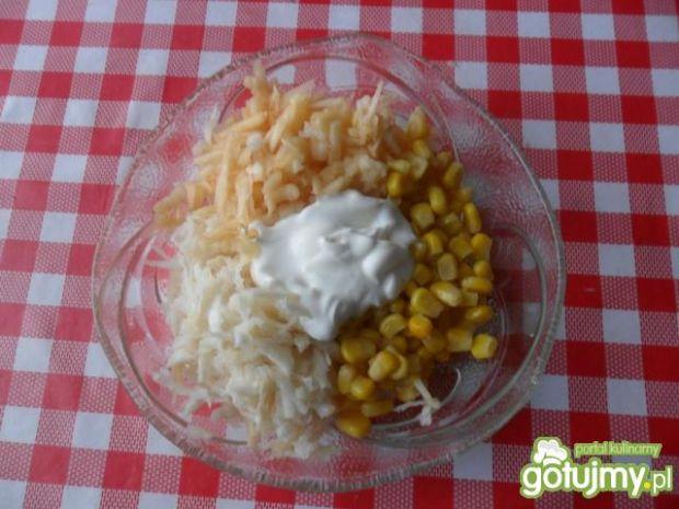 Surówka z selera, jabłka i kukurydzy