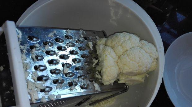 Surówka z surowego kalafiora