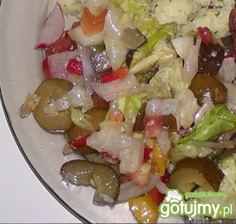 Surówka z warzywami na obiad
