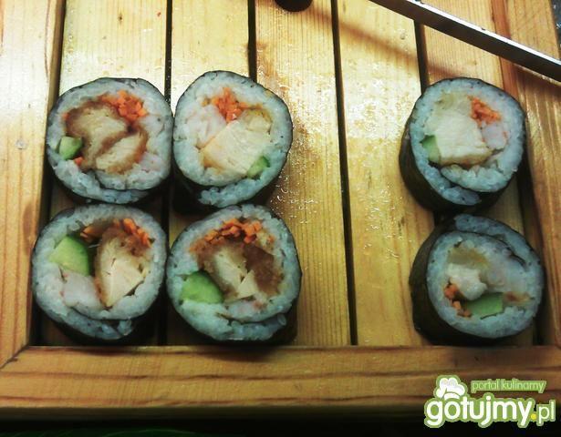 sushi z kurczakiem