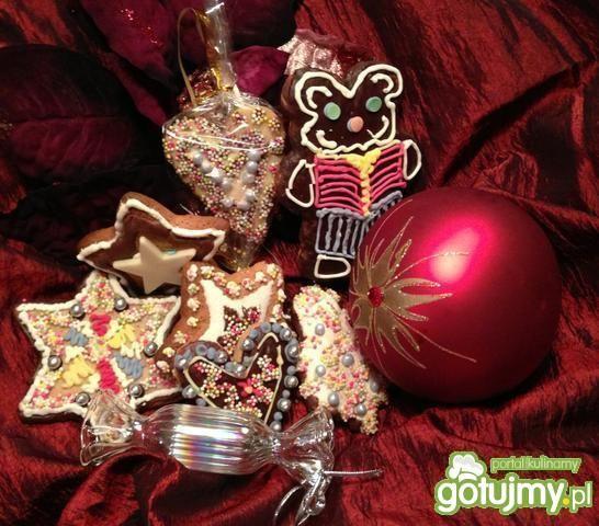 Świąteczne ozdobne pierniczki