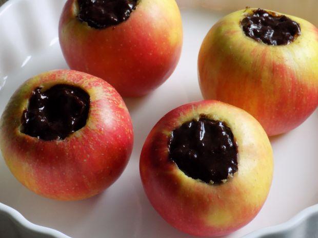 Świąteczne pieczone jabłka z powidłem