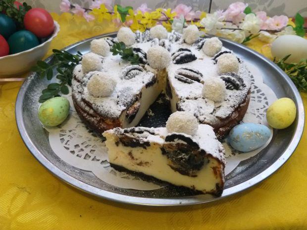Świąteczny sernik na spodzie z ciasteczek
