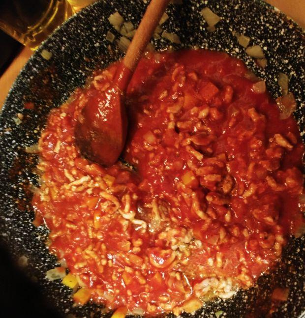 Świderki w sosie a'la bolognese z warzywami
