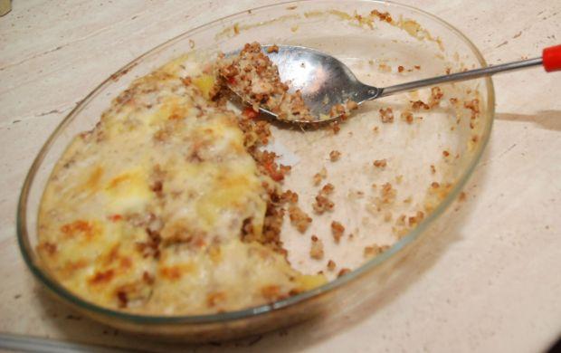Swojska zapiekanka z ziemniakami i kaszą gryczaną