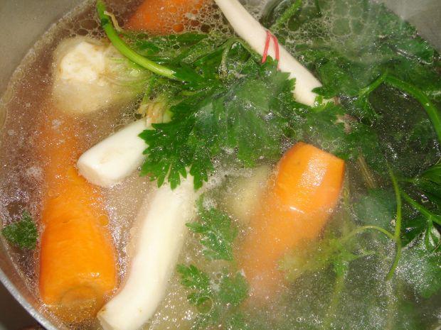 Sycąca zupa buraczkowa