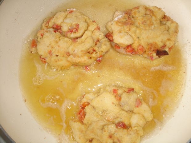 Szarpańce z kurczaka z papryką i cebulą
