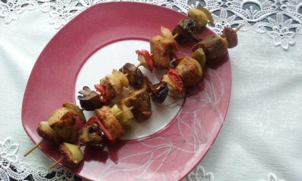 Szaszłyki drobiowo-wieprzowe z grilla