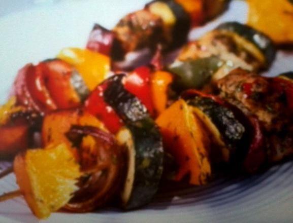 szaszłyki rybne z warzywami