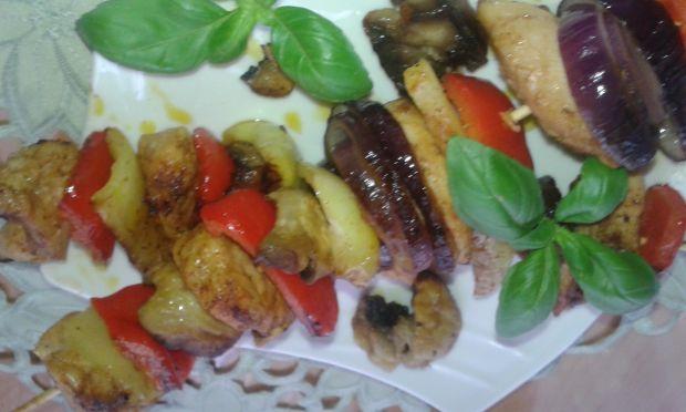 Szaszłyki warzywne z polędwiczkami drobiowymi