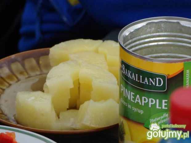 Szaszłyki z ananasem