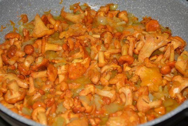 Sznycle z indyka w sosie kurkowym