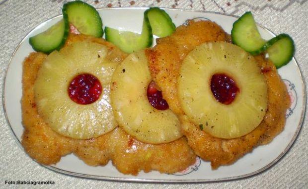 Sznycle z kurczaka z ananasem :