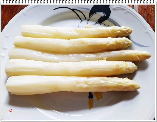 Szparagi Eli, w boczku z grilla