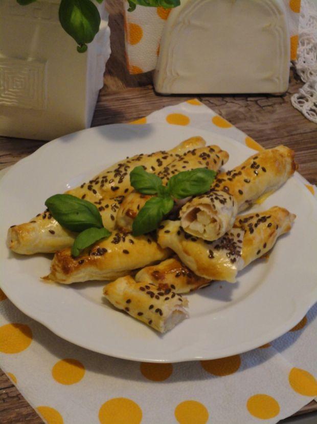 Szparagi z szynką i serem po francusku