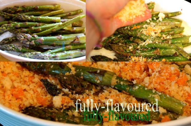 Szparagi zapiekane pod kruszonką z mimolette