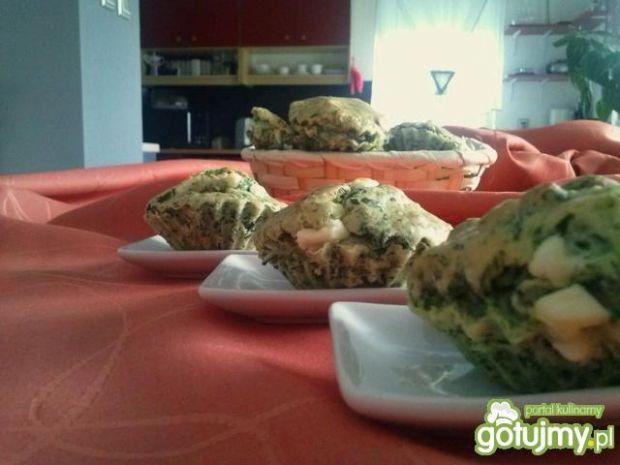 Szpinakowe babeczki i tarta z fetą